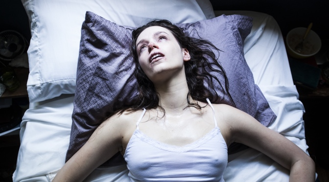 """""""Starry Eyes"""" (2014) REVIEW"""